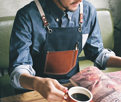 (AA1516) roco real cow leather apron - navy