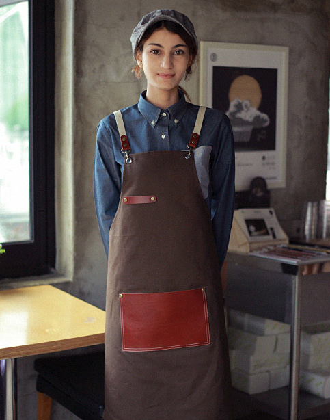 (AA1517) roco real cow leather apron - dark brown