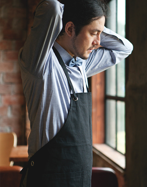 (AA1304) canvas basic apron - black